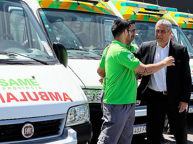 Ferraresi recibió ambulancias del SAME